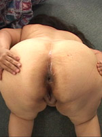 Horny bbw bending and spreading their asses for some fun