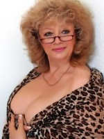 59 yo blonde tatiana willing to perform: dildo, fingering, live orgasm.