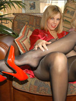 So what is she is a pantyhose porn admirer? me too!
