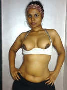 Lahori hooker giving her clients cock a oil massage