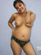 Hot desi babe