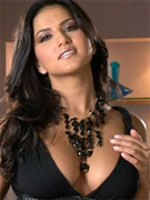 Sunny leone showing off how beautiful she is