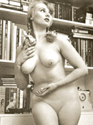 Vintage exotic beauties love posing naked in the thirties