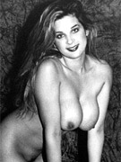 Pretty sexy vintage nudes standing naked in the thirties